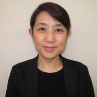 高坂 紀子(こうさか のりこ)