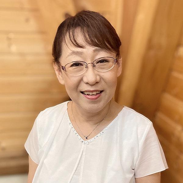 堀川 明美